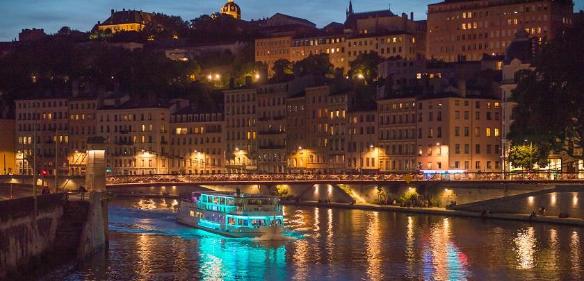 Bateau_restaurant_Hermes_Nuit_Lyon_City_Boat_2.jpg